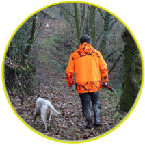 Chasseur et son chien - Domaine des Enfreins